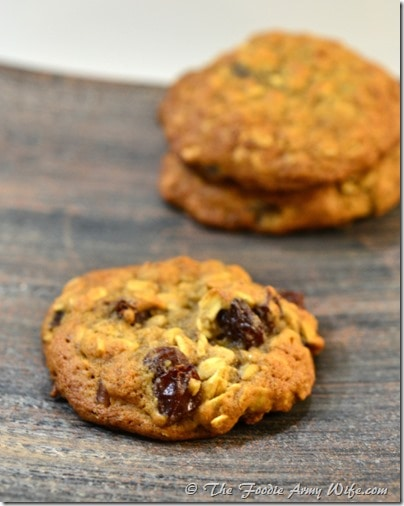 Old-Fashioned Oatmeal Cookies | #SundaySupper