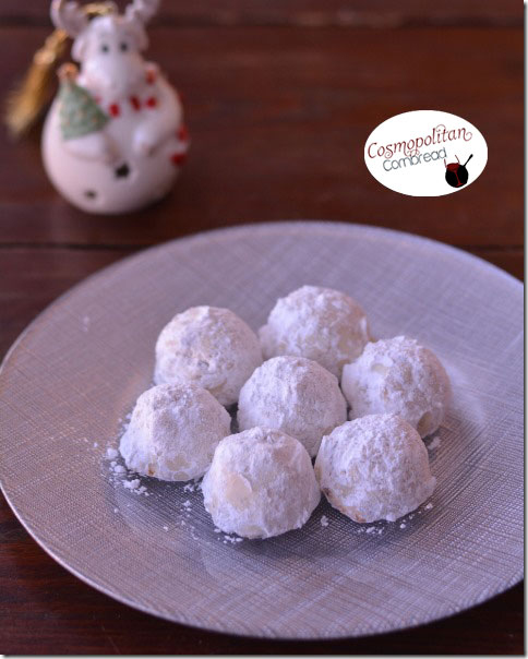 Snowball Cookies are the perfect Christmas cookie - get the recipe from Cosmopolitan Cornbread
