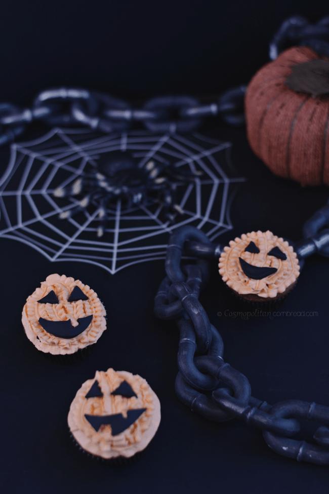 Jack o'Lantern Cupcakes from Cosmopolitan Cornbread