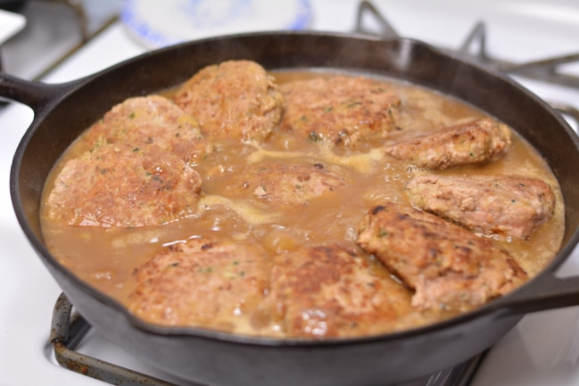 Turkeys-bury Steaks in Mushroom Gravy from Cosmopolitan Cornbread