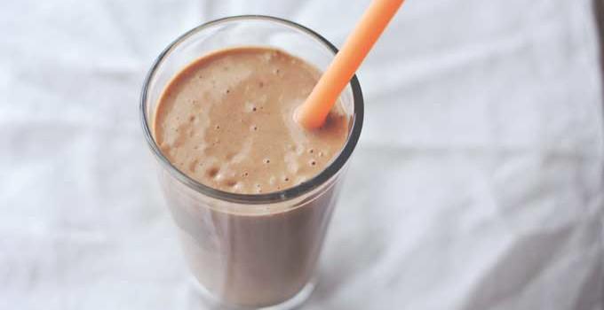 """Chocolate """"Milk Shake"""" Smoothie"""