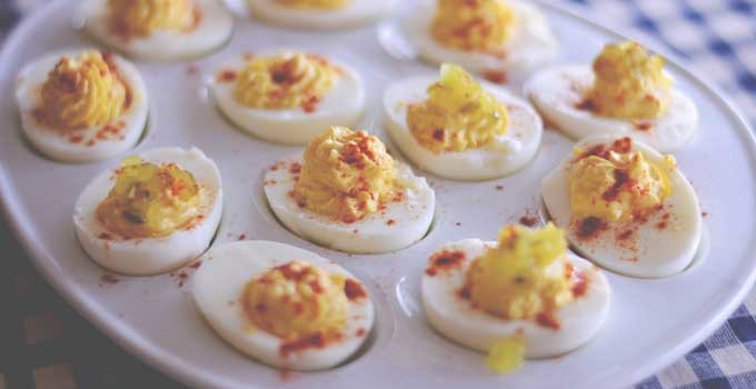Classic Deviled Eggs (-alad Sandwiches) | #SundaySupper