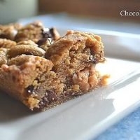 Dark Chocolate Chip Toffee Bars