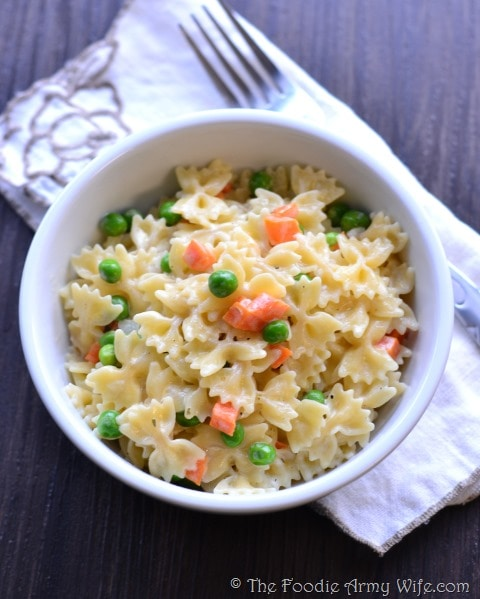 Creamy Farfalle with Peas & Carrots