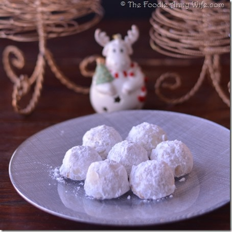 Snowball Cookies from The Foodie Army Wife