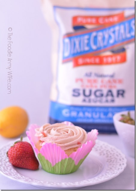 Strawberry Lemonade Cupcakes from The Foodie Army Wife  #SundaySupper
