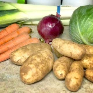Let's Cook! German Potato Soup & How to Clean Leeks