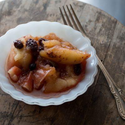Instant Pot Baked Apples | Paleo