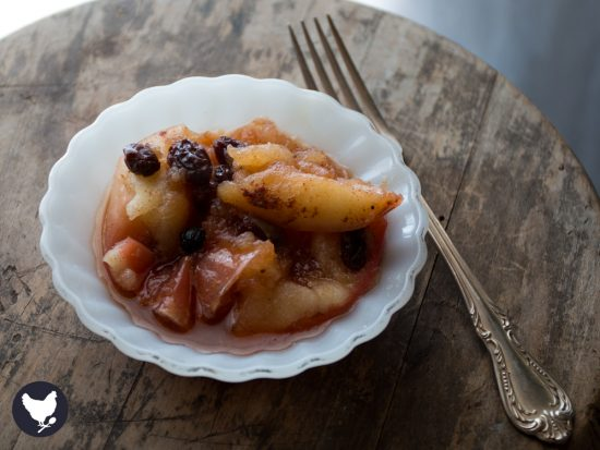 """How to make delicious """"baked"""" apples in your electric pressure cooker. You'll love these delicious (paleo-friendly) apples as a dessert or even breakfast!"""