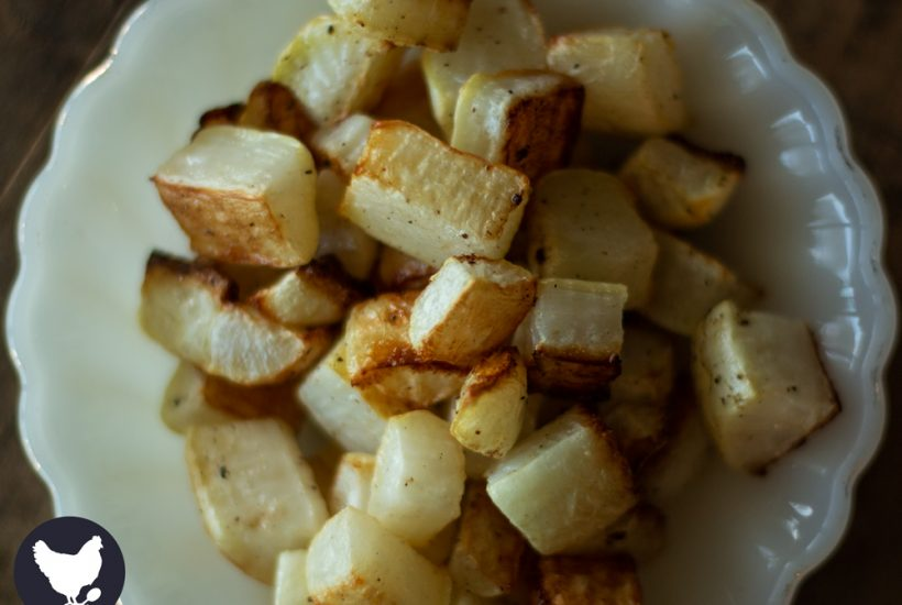 Don't think you like eating radishes? Try roasting them! How to Roast Radishes from Cosmopolitan Cornbread
