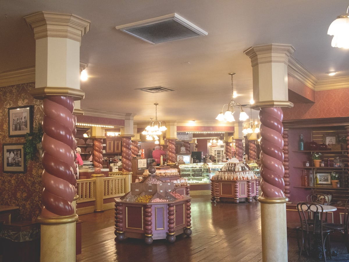 The Sweete Shoppe's Candy Kitchen of Dollywood