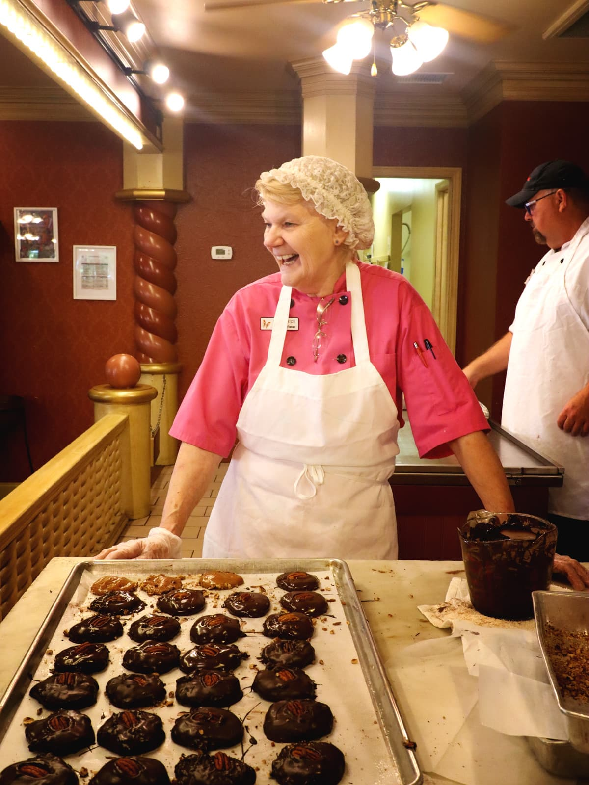 Linda the Master Craftsman at the Sweete Shoppe's Candy Kitchen of Dollywood