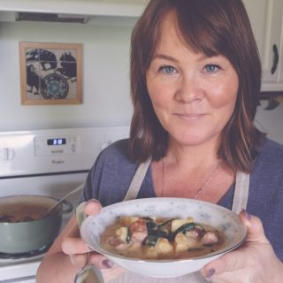 Come cook with me in the kitchen as I walk you through making Homemade Potato Soup.