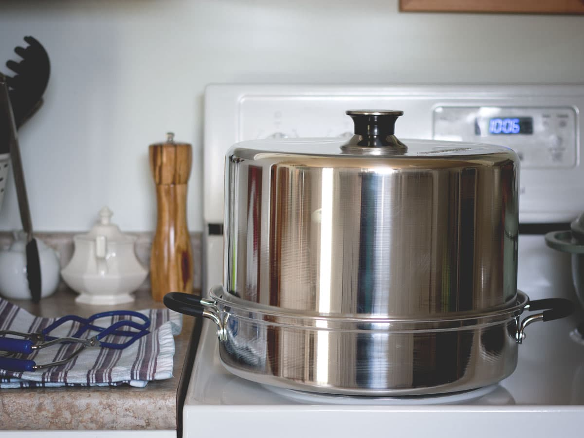 How to Use a Steam Canner - What it is, how to do it safely, and why it might be great option for you!