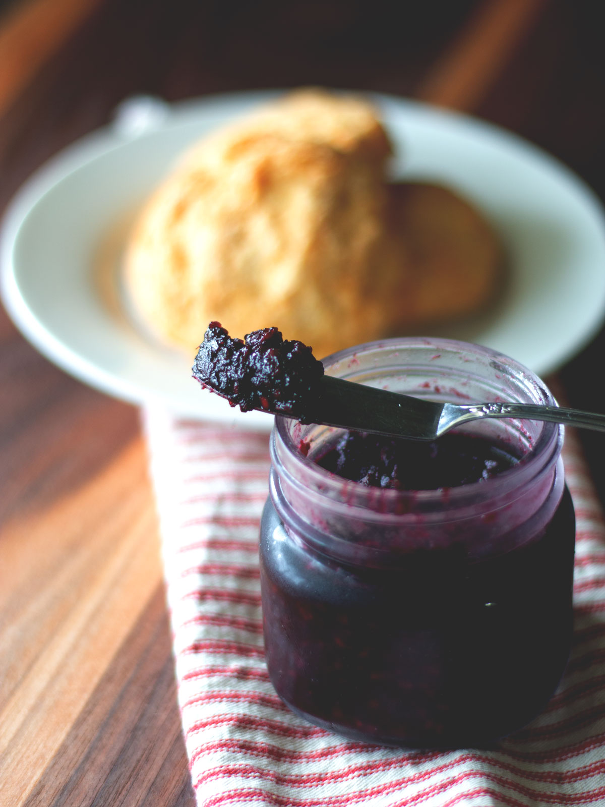 This simple and healthy Blackberry Jam requires no canning skills at all. You can make it in just a few minutes and enjoy homemade jam any time!