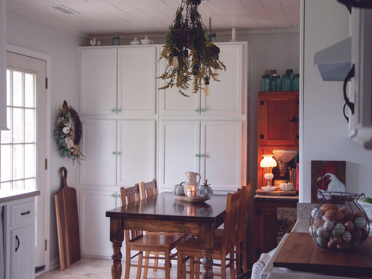 Farmhouse Kitchen Tour - A Before and After look at creating a farmhouse look from a plain, ordinary kitchen.