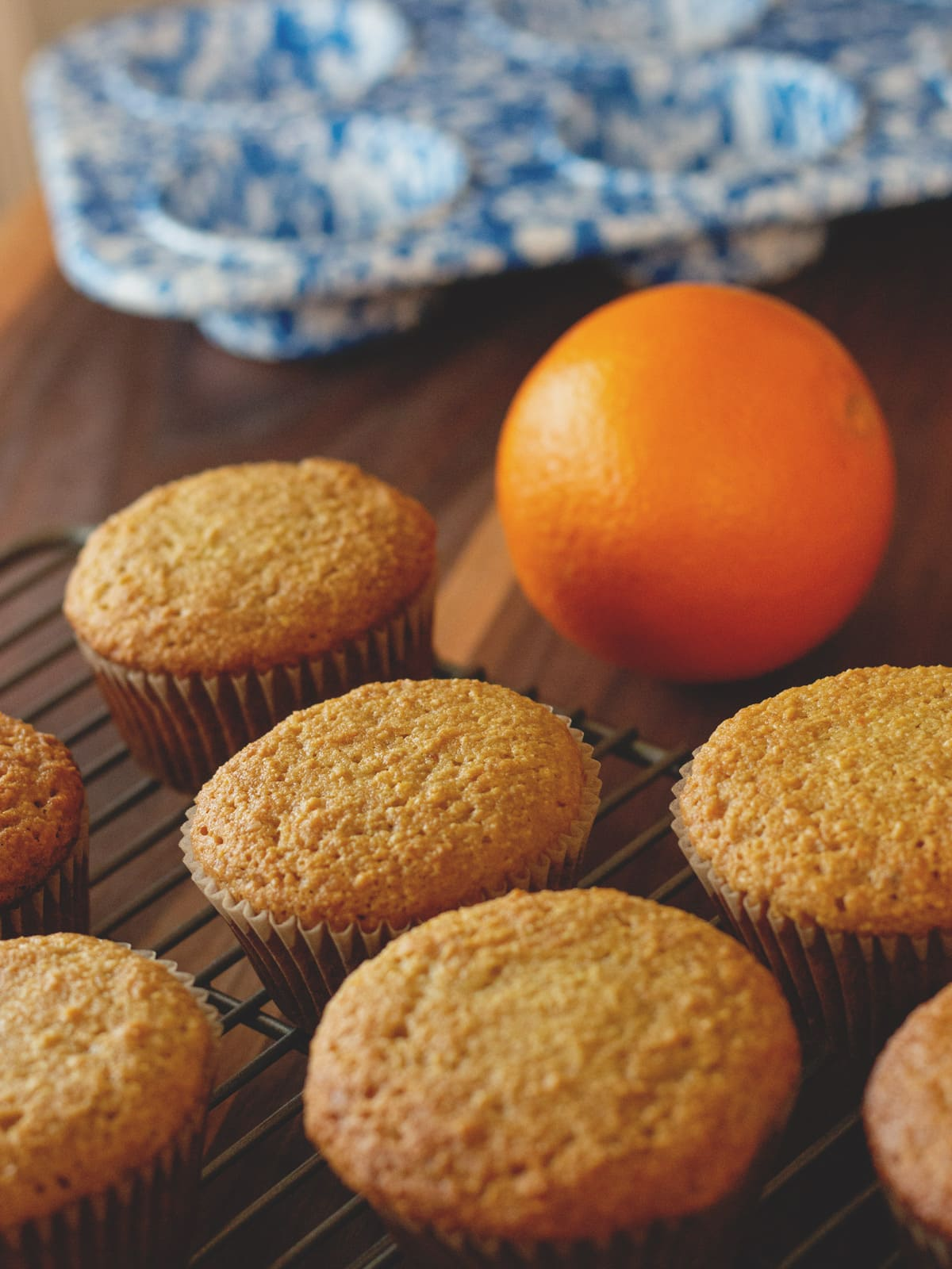 These paleo Orange Muffins are healthy and delicious breakfast muffins, made from scratch with orange juice and orange zest.