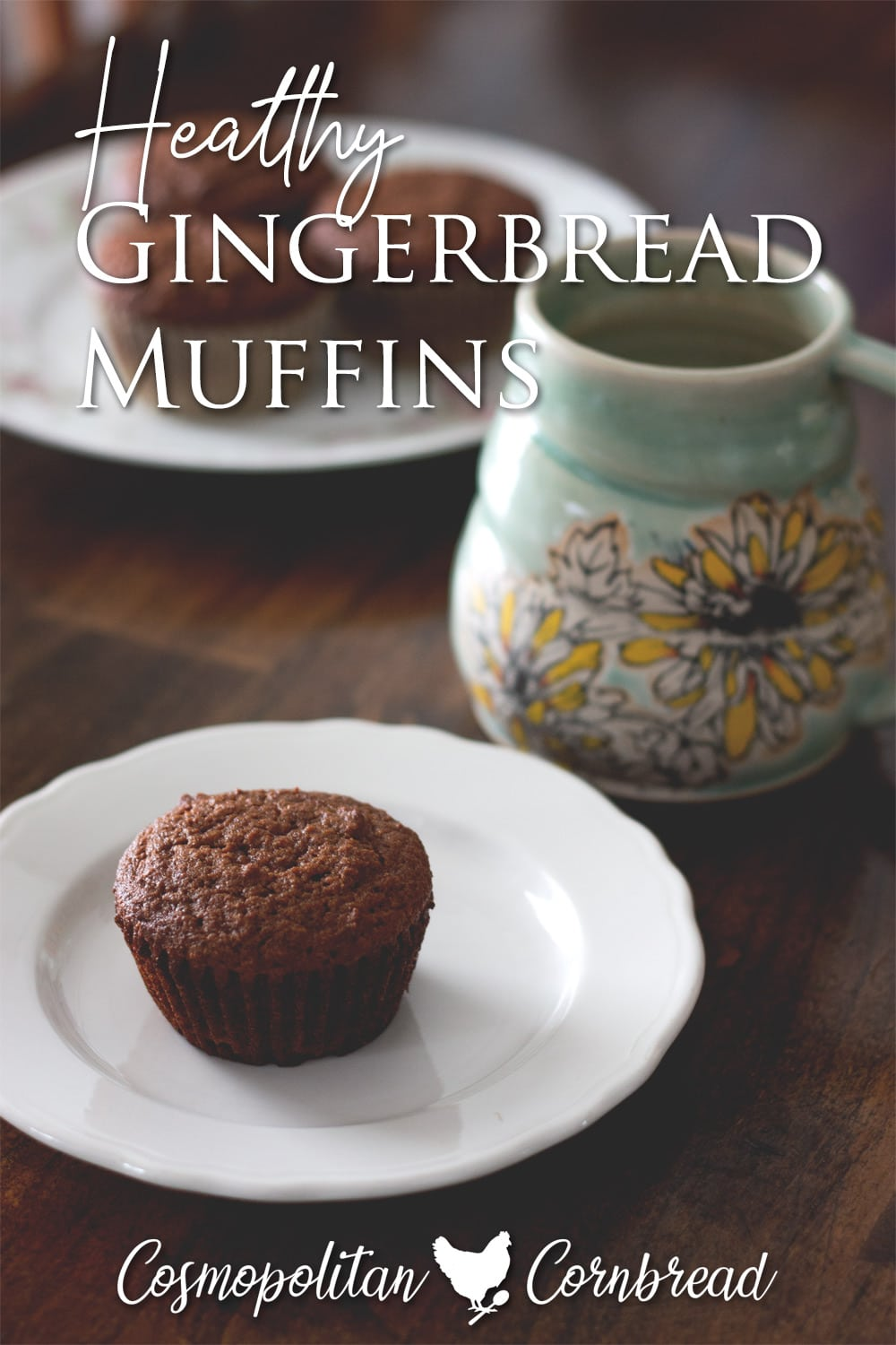 These delicious and warmly spiced gingerbread muffins are a wonderful way to start your day - great for breakfast or a snack! #paleo #lowcarb #healthy