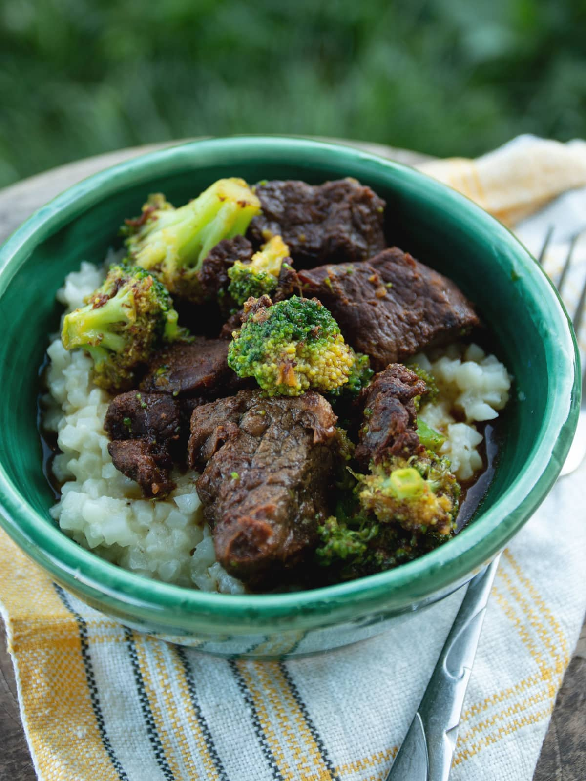 This delicious beef and broccoli recipe is quick and easy to make, and paleo-friendly. Start to finish, this recipe can be done in under 30 minutes.